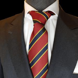 Rote Krawatte mit blaue Streifen